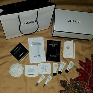 CHANEL Authentic Box with matching paper Bag